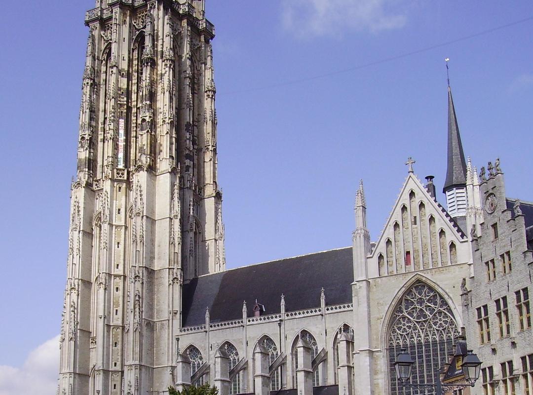 Foto van de Sint-Romboutskathedraal in Mechelen